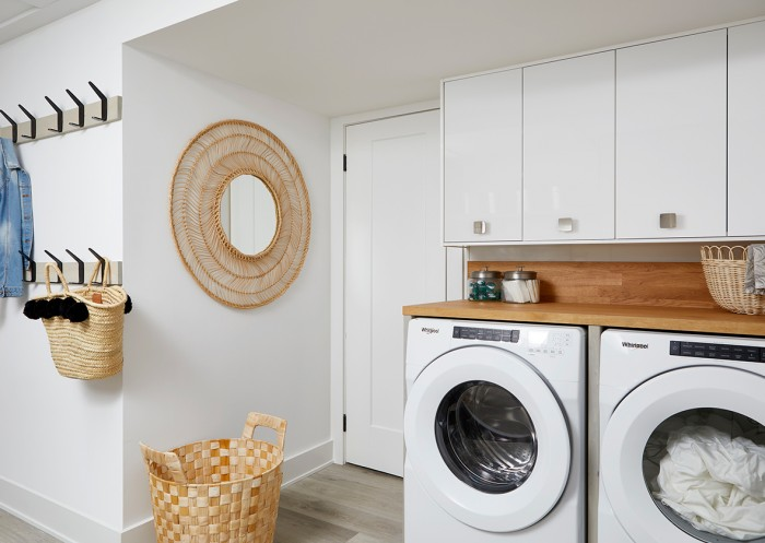 Retro Ranch Reno - Laundry Room