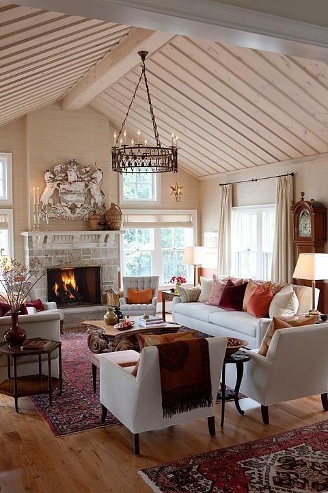 Sarah's Farm, Paisley Acres - Living Room