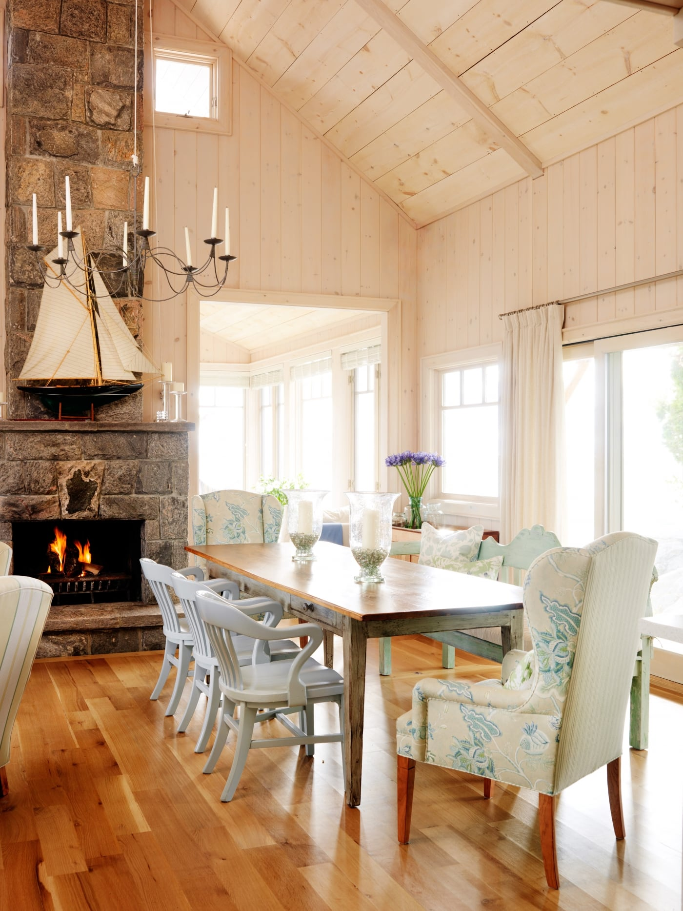 Cottage Style Decor Inspiration Tranquil Family Retreat