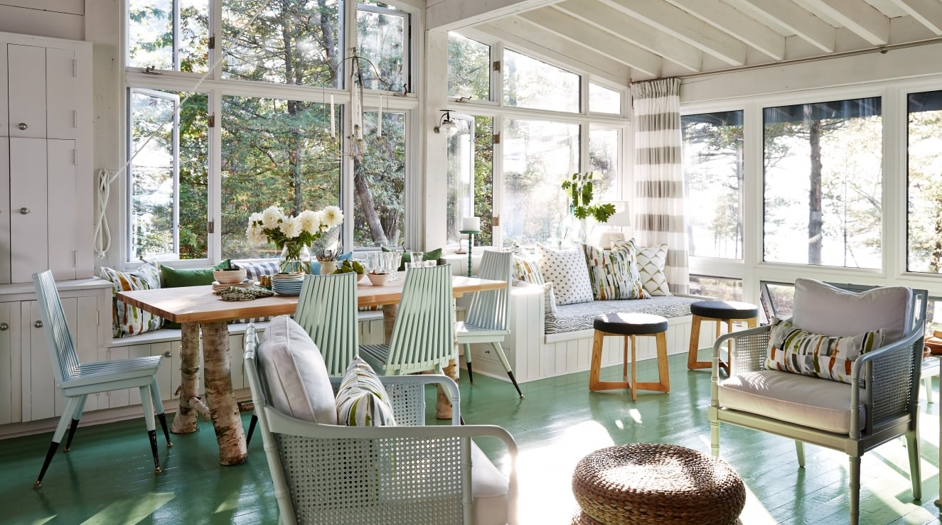 Sarah S Al Cottage Living Area In Whites Greens And Natural Wood Design Team Richardson