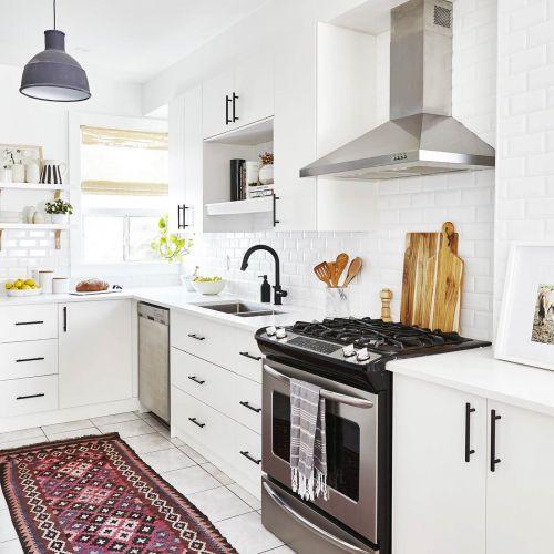 Makeovers sarah richardson design for Sarah richardson kitchen designs
